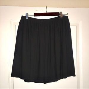 H&M Black Sheer Pleated Skirt